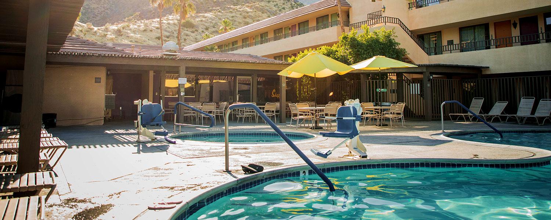 Vagabond Motor Hotel Amenities